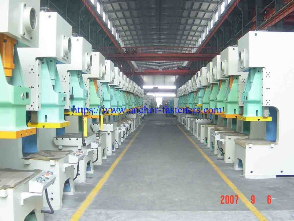 wedge anchor clip hydraulic punching press machine body