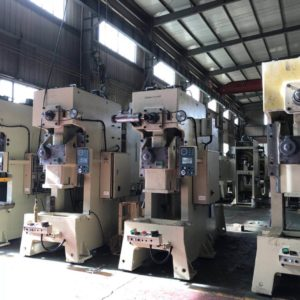 GM Series 200-600Tons guide plate type hydraulic press punching machine