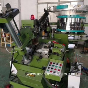 APM-400 Automatic Self Drilling Screws End Forming Machine