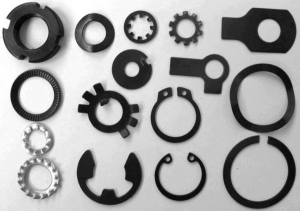Flat washer block washers made by progressive stamping die